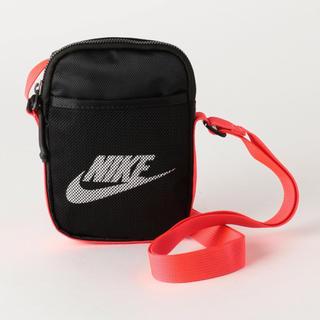 NIKE - 新品 NIKE ナイキ ヘリテージサコッシュ ボディバッグ ショルダーバッグ 黒