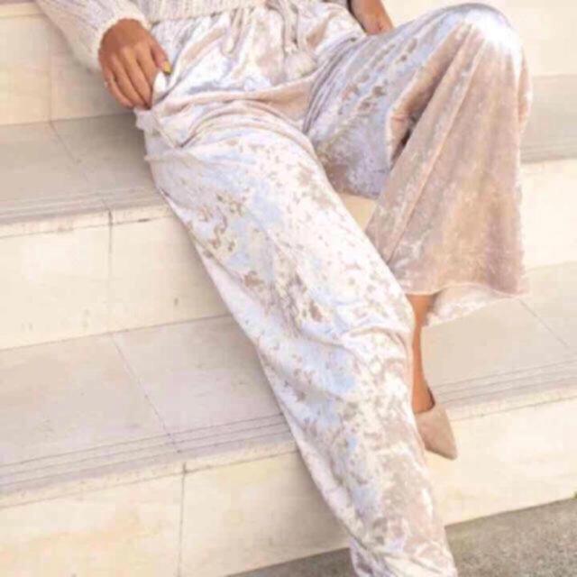 SeaRoomlynn(シールームリン)の【新品】ベロアタッセルパンツ レディースのパンツ(カジュアルパンツ)の商品写真