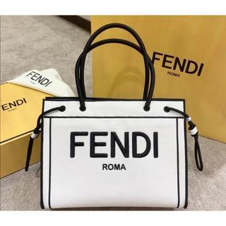 フェンディ(FENDI)のFENDI ミディアムショッピングトート(トートバッグ)