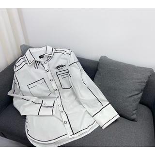フェンディ(FENDI)のFendi ホワイトシャツ  トップス(シャツ)