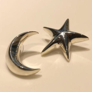 バーニーズニューヨーク(BARNEYS NEW YORK)のSophie Buhai Moon & Star earrings(ピアス)
