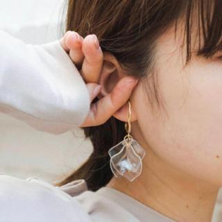 カスタネ(Kastane)のSALE!【CP-1A】clear petal pirce(ピアス)