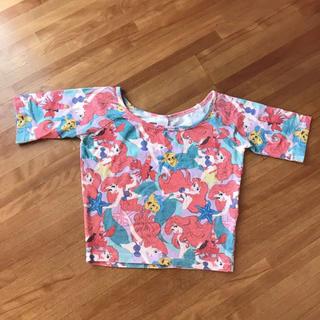 ウィゴー(WEGO)のwego アリエル 総柄 トップス(Tシャツ(半袖/袖なし))