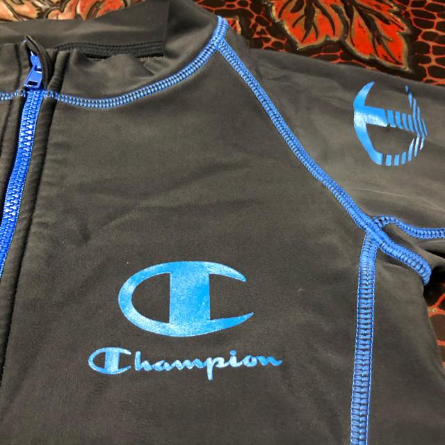 Champion(チャンピオン)のラッシュガード キッズ/ベビー/マタニティのキッズ服男の子用(90cm~)(水着)の商品写真