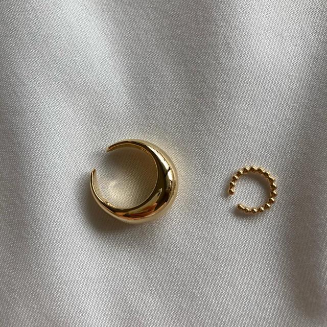 TODAYFUL(トゥデイフル)のゴールド ぷっくり ボールチェーン風イヤーカフセット レディースのアクセサリー(イヤーカフ)の商品写真