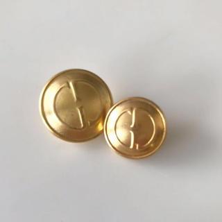 グッチ(Gucci)のGUCCI グッチ ボタン 2個 ハンドメイド材料 ヴィンテージ パーツ(各種パーツ)