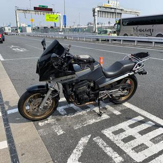 カワサキ(カワサキ)のGPZ900R (車体)