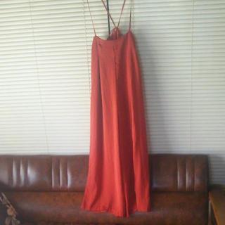 ミスティウーマン(mysty woman)の新品、未使用  サテンサロペット(サロペット/オーバーオール)