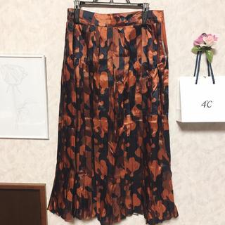 ウィゴー(WEGO)の秋物 プリーツスカート(ひざ丈スカート)