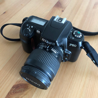 ニコン(Nikon)のニコンF60 + 28-80f3.5-5.6D(良品)(フィルムカメラ)