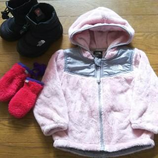 ザノースフェイス(THE NORTH FACE)のノースフェイス 冬服 3点セット ボアパーカー ブーツ 手袋(トレーナー)