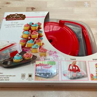 コストコ(コストコ)のカップケーキ型・3段タワー・持ち運びケース(収納/キッチン雑貨)