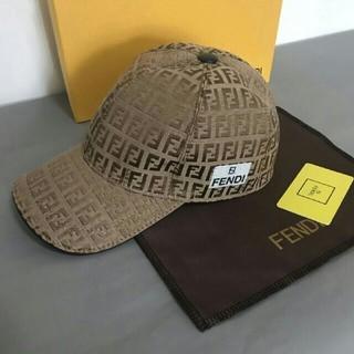 フェンディ(FENDI)の fendi  キャップ 男女兼♢用(キャップ)