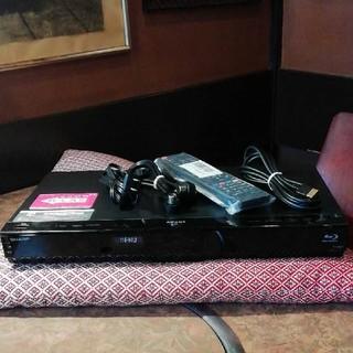 シャープ(SHARP)のSHARP BDW520 12倍録 2番組W録 500GB 外付HDD新リモ等付(ブルーレイレコーダー)