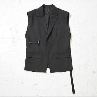 サンシー(SUNSEA)のtoggle vest(ベスト)