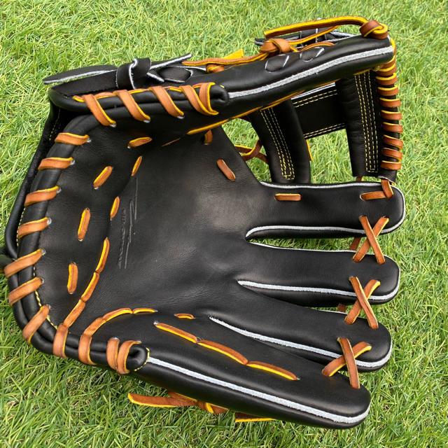 ONYONE(オンヨネ)のIPセレクト硬式グローブ内野手用(湯もみ加工済) スポーツ/アウトドアの野球(グローブ)の商品写真