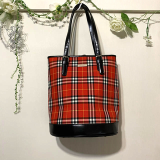 BURBERRY - BURBERRY新品バッグ☆