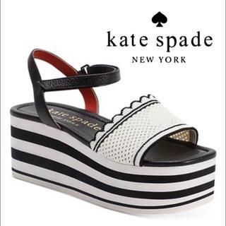 ケイトスペードニューヨーク(kate spade new york)のケイトスペード  ウェッジ サンダル ブラック(サンダル)