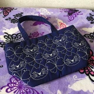 アナスイ(ANNA SUI)のレア★アナスイ 猫ちゃん刺繍のランチトートバッグ(トートバッグ)