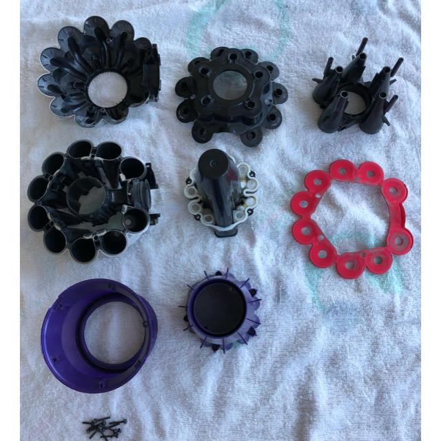 Dyson(ダイソン)のDyson V6 コードレス掃除機 ハンディクリーナー スマホ/家電/カメラの生活家電(掃除機)の商品写真