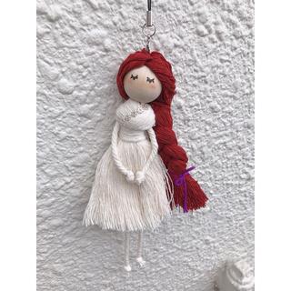 ザラ(ZARA)のマクラメ人形 キーホルダー #2(キーホルダー)