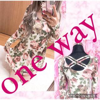 ワンウェイ(one*way)の2511.one way 薄手ニット 花柄 バッククロス ミニワンピース(ミニワンピース)