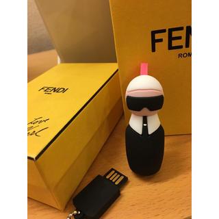 フェンディ(FENDI)の【値下げしました】新品フェンディUSBチャーム(その他)