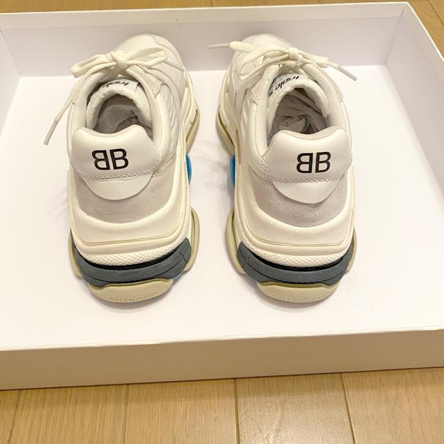 Balenciaga(バレンシアガ)のレディース バレンシアガ トリプルエス ホワイト 38 トリプルs レディースの靴/シューズ(スニーカー)の商品写真