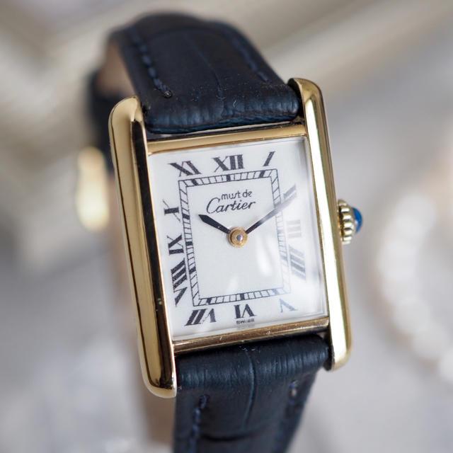 Cartier(カルティエ)の極美品✨カルティエ マストタンク SM ホワイト✨ロレックス オメガ エルメス  レディースのファッション小物(腕時計)の商品写真