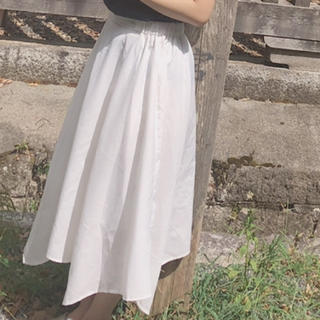 ディスコート(Discoat)のDiscoat 白 フレアスカート(ロングスカート)