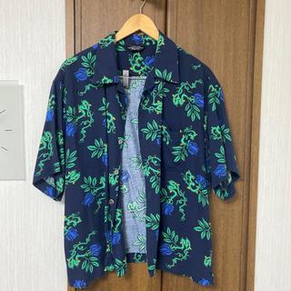 アンユーズド(UNUSED)のunused rose pattern short sleeve shirts(シャツ)