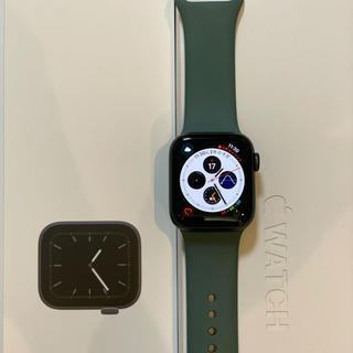 アップル(Apple)のAppleWatch Series 5 GPS 40MM Space Gray (腕時計(デジタル))
