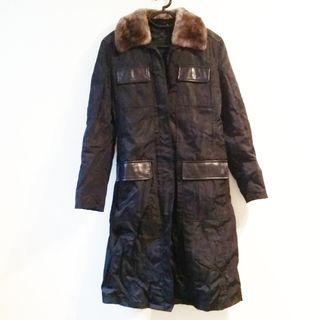 プラダ(PRADA)のプラダ コート サイズ  レディース 黒(その他)