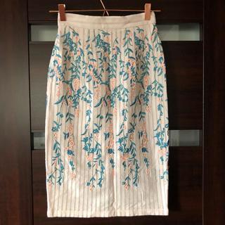 リリーブラウン(Lily Brown)のリリーブラウン  花柄 刺繍 ベビーピンク レーススカート(ひざ丈スカート)
