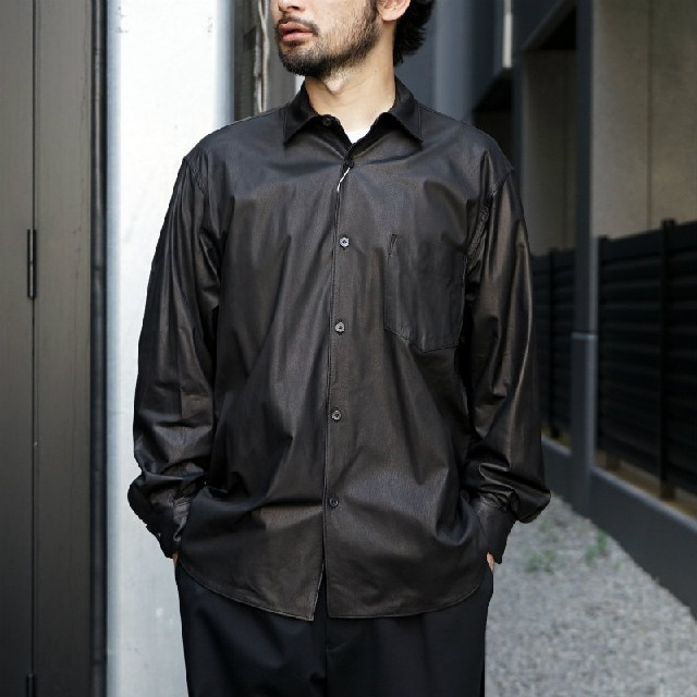 COMOLI(コモリ)の新品■20AW COMOLI レザーシャツ 3 黒 ディアスキン ブラック メンズのトップス(シャツ)の商品写真