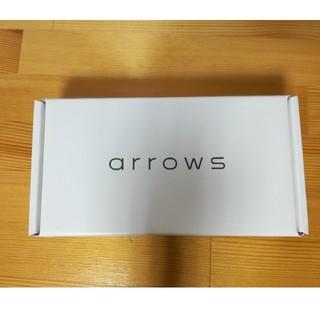 フジツウ(富士通)のARROWS m05 白 ホワイト SIMフリー シム スマホ アローズ(スマートフォン本体)