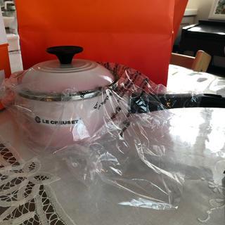 ルクルーゼ(LE CREUSET)のルクルーゼ ソースパン 14cm  新品未使用(鍋/フライパン)