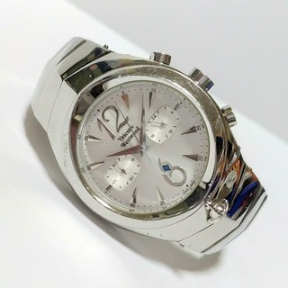 ヴィヴィアンウエストウッド(Vivienne Westwood)のVivienne Westwood アーマークロノグラフ腕時計  VW2048(腕時計(アナログ))