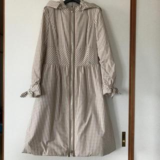 ルネ(René)のRene ルネ 中綿フード付きコート Preppy  36  ベージュ×ホワイト(ロングコート)