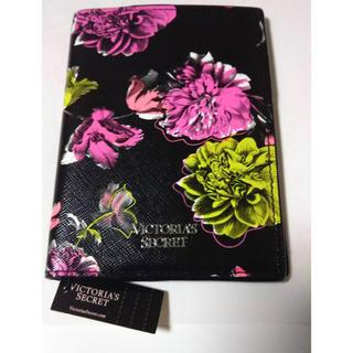 ヴィクトリアズシークレット(Victoria's Secret)のヴィクトリアシークレット パスポートケース(パスケース/IDカードホルダー)