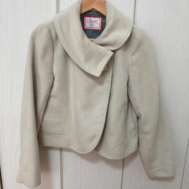 iiMK(アイアイエムケー)のショート丈コート レディースのジャケット/アウター(ムートンコート)の商品写真