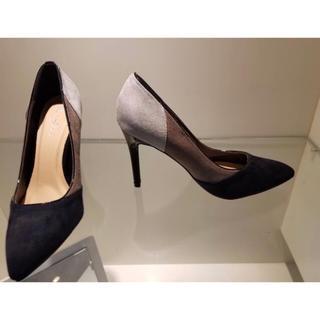 専用 新品25.5CM靴 エレガント カラーブロック靴 中ヒール靴 ゴージャス(ハイヒール/パンプス)