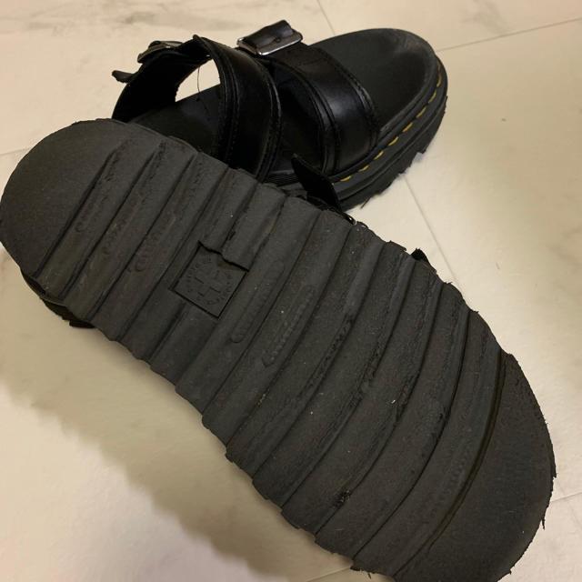 Dr.Martens(ドクターマーチン)のドクターマーチン サンダル 38 ブラック 黒 レディースの靴/シューズ(サンダル)の商品写真