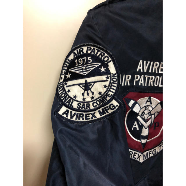 AVIREX(アヴィレックス)のAVIREX  L2Bフライトジャケット美品!豪華ワッペン!ミリタリーMA-1 メンズのジャケット/アウター(フライトジャケット)の商品写真