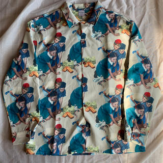 シュプリーム(Supreme)のシャツ(シャツ)