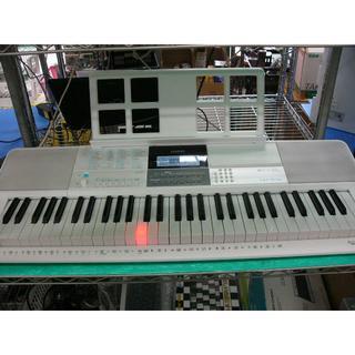 カシオ(CASIO)のCASIO LK-516 (電子キーボード)(電子ピアノ)