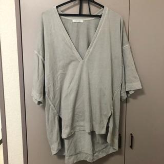 ジーナシス(JEANASIS)のジーナシス Tシャツ Vネック グレー(Tシャツ(半袖/袖なし))
