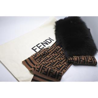 フェンディ(FENDI)のフェンディ 19AW フォックスファー カシミヤ スカーフ マフラー ズッカ(マフラー/ショール)