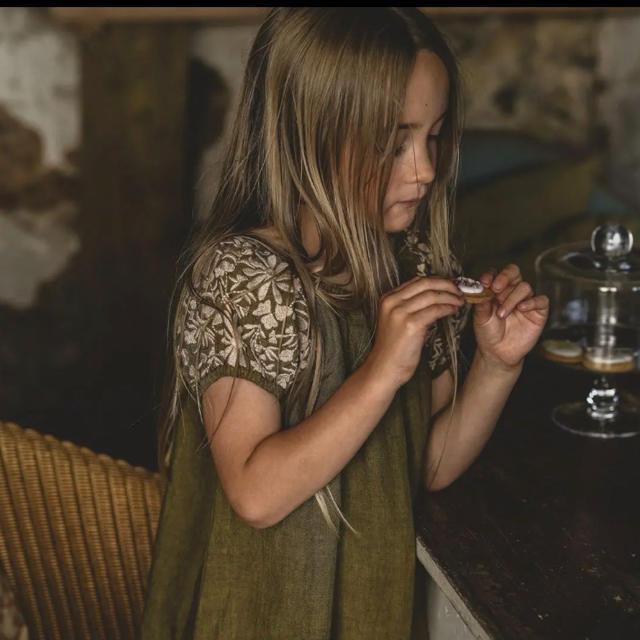 Caramel baby&child (キャラメルベビー&チャイルド)の新品タグ付き‼️apolina kids Barbara ワンピース3-5y キッズ/ベビー/マタニティのキッズ服女の子用(90cm~)(ワンピース)の商品写真