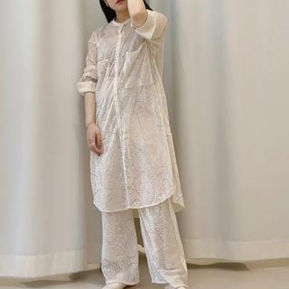 ケービーエフ(KBF)のKBF オパールペイズリーシャツ ((beige))(シャツ/ブラウス(長袖/七分))